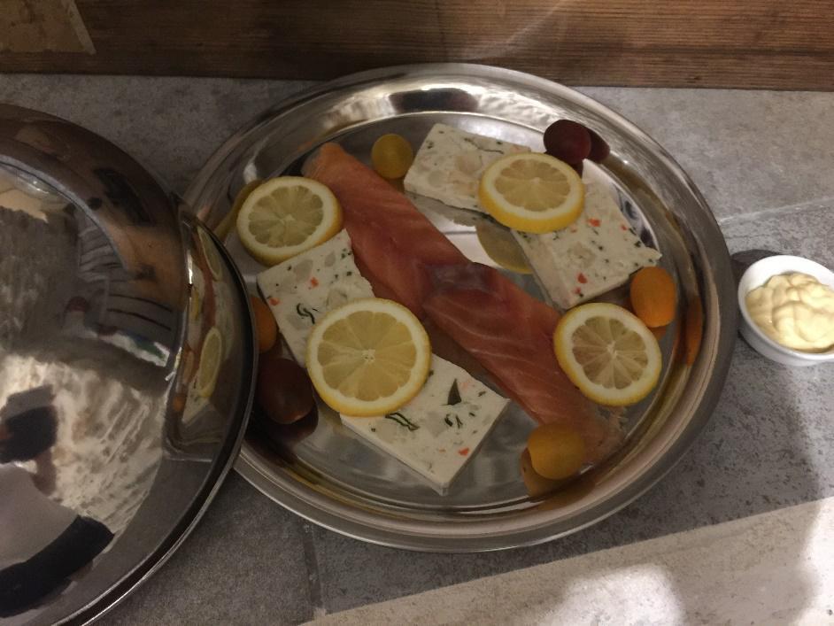 Espace détente personnalisé assiette de saumon